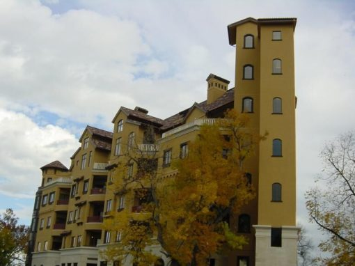 "Cortina Lofts<br><span class=""linds-project-caption""></span>"
